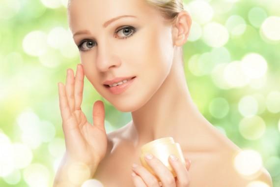 La cosmesi naturale ma anche funzionale, piacevole e facile da usare